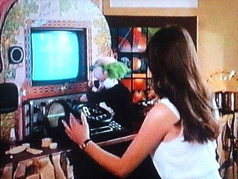 「どろどろアンドロイド娘」コンピューター画像(VHSジャケ裏より)