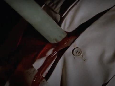 「ゾンビ・アイランド・マサカー」のゴア描写