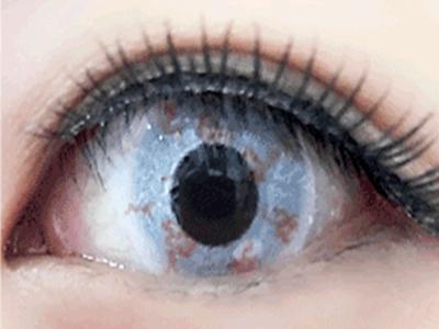 「ゾンビの目!特殊メイク、コスプレ用カラコン」のイメージ画像。